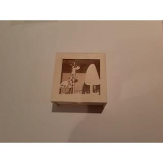 קופסת עץ - ג'ירפה
